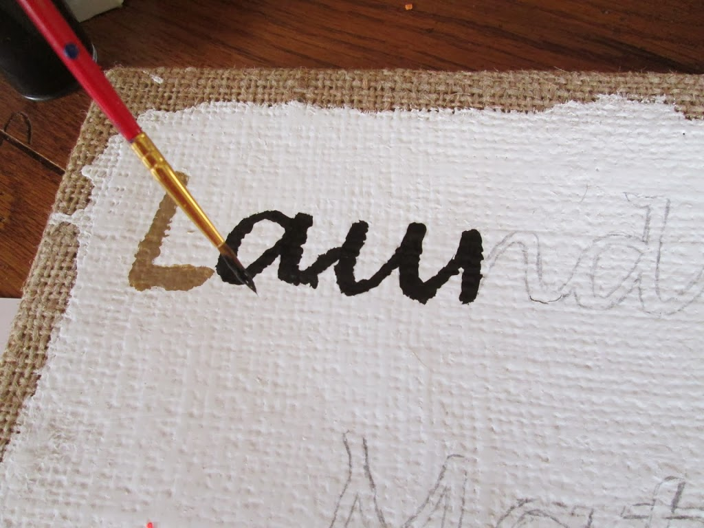 Cute DIY Laundry sign for your laundry room decor.