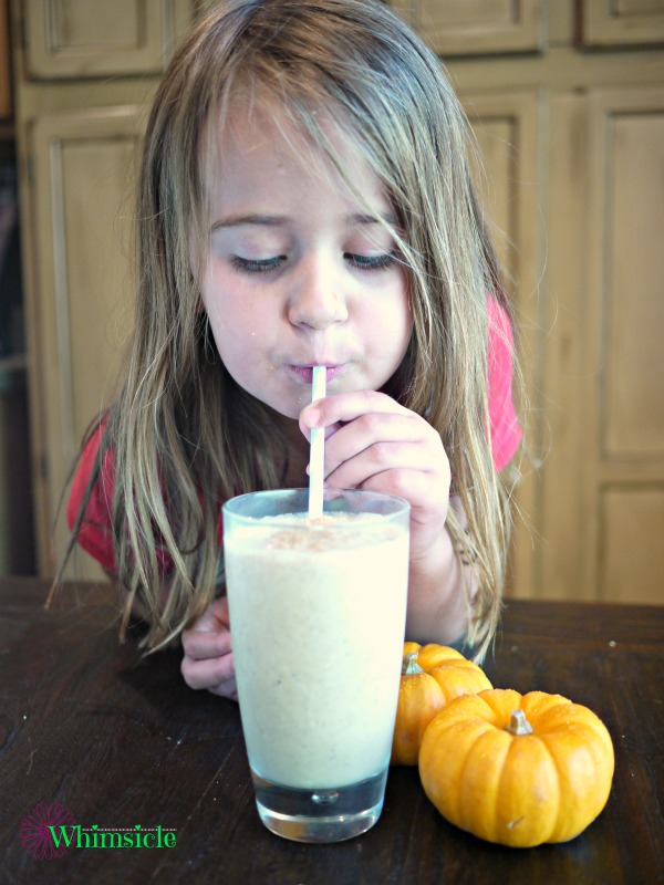 girl-drinking-smoothie