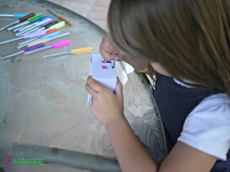 kid-coloring-note-cube