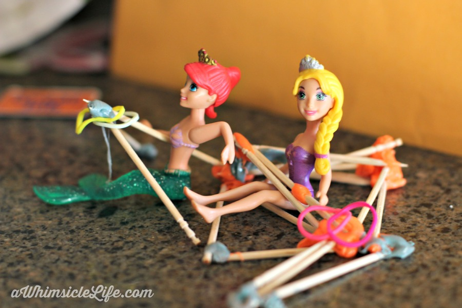 doll-silly-putty-boat