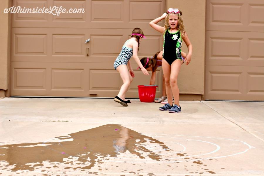 girl-throwing-water-balloon