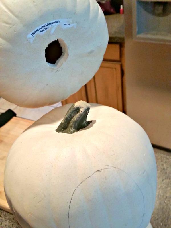 Hole-pumpkin-stem