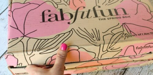 Want some fun for YOU delivered to your door? You must check out what's in the newest FabFitFun box! Plus, get a code for $10 off.