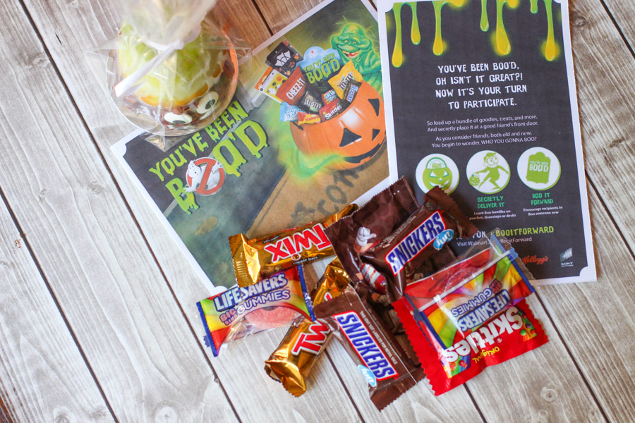 The BEST Halloween tradition you can start with your family! And its easy because this post gives you everything you need!