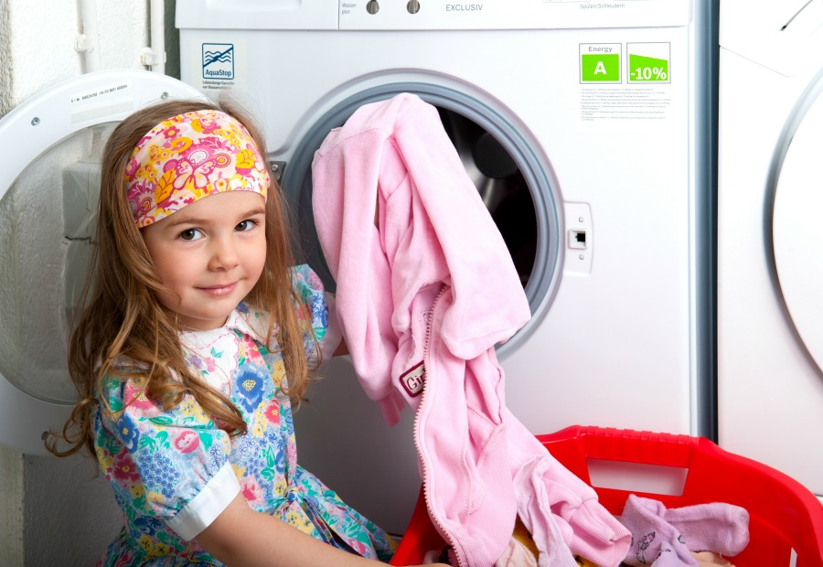 Getting kids to do chores can be the hardest task ever! This method makes my kids chores so much easier.