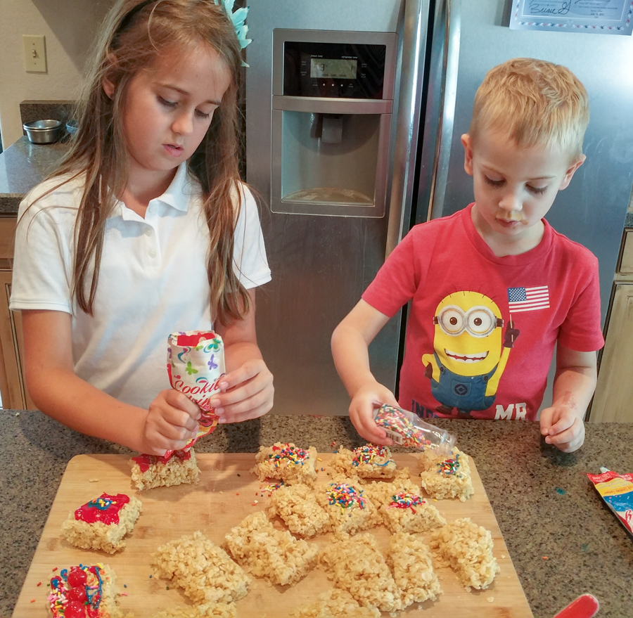 decorating easy baking activity for kids