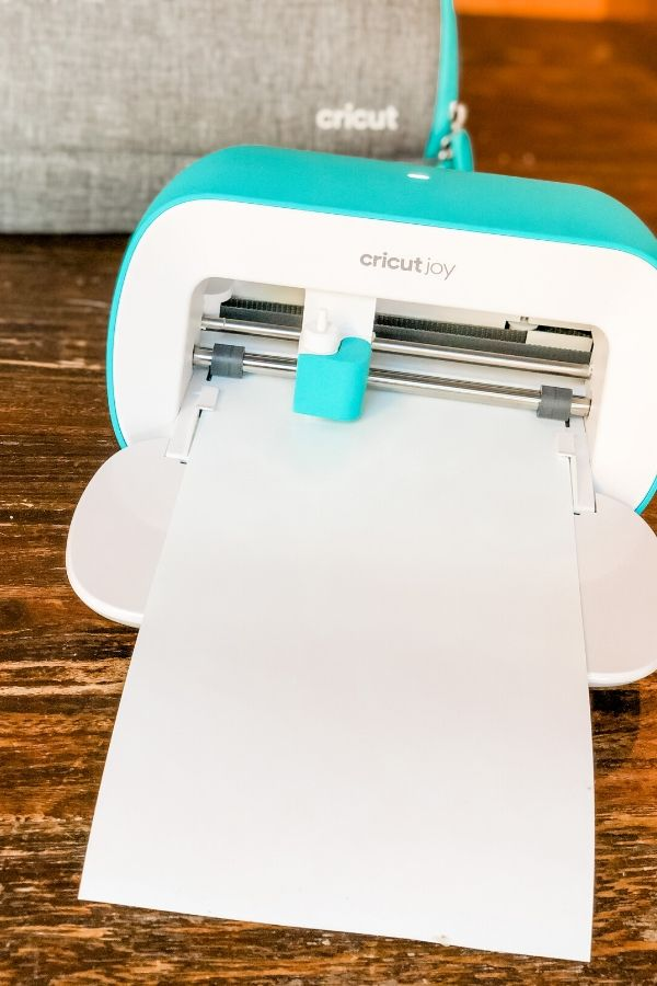 Cricut Joy cutting design for DIY Outdoor Pillow.